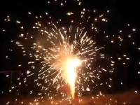 RedWire Fireworks fountain for professional use with loud and heavy crackling effect. Supplied by Xena Vuurwerk - Holland