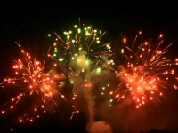 Multi effect professional fireworks cakebox of Red Wire, distributed by Xena Vuurwerk BV form Holland